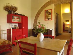 Casa le Monache, Hétvégi házak  Montecastrilli - big - 2