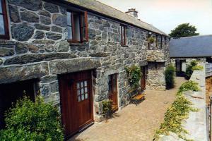 Ystumgwern Luxury Barn Conversions