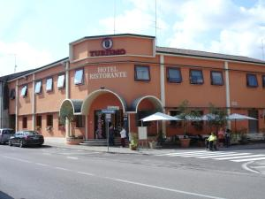 Nearby hotel : Hotel Turismo