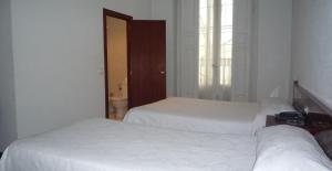 Hostal Americano, Гостевые дома  Мадрид - big - 8