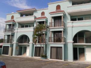Hotel Paraiso Suites