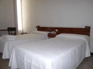 Hostal Americano, Гостевые дома  Мадрид - big - 4
