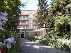 Nearby hotel : Hotel Terme Villa Piave