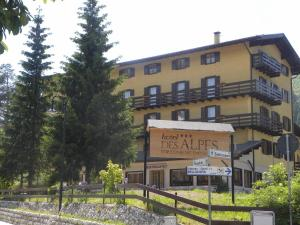 Nearby hotel : Hotel des Alpes