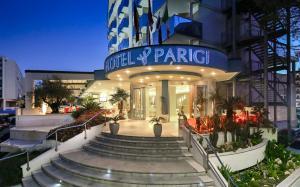 Prenota Hotel Parigi