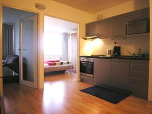 Modern Sunny Apartment