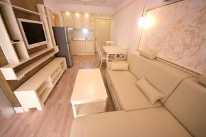 Menada Apartments in Golden Rainbow, Appartamenti  Sunny Beach - big - 15