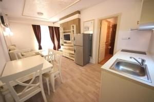 Menada Apartments in Golden Rainbow, Appartamenti  Sunny Beach - big - 13