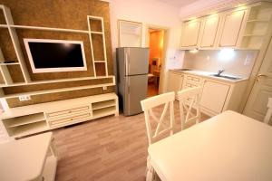 Menada Apartments in Golden Rainbow, Appartamenti  Sunny Beach - big - 12