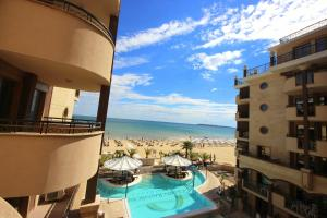 Menada Apartments in Golden Rainbow, Appartamenti  Sunny Beach - big - 43
