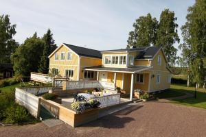 STF Villa Lowar