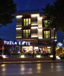 فندق Tuzla Town (Tuzla Town Hotel)