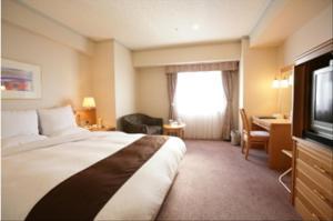 Сакаи - Hotel Lake Alster Alzar Izumiotsu