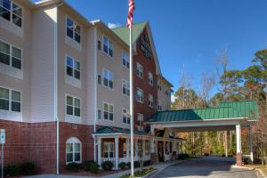 Nearby hotel : Country Inn & Suites - Wilmington Airport/Convention Center
