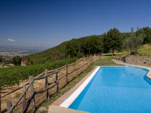 Nearby hotel : Podere di Pomaio Green Winery