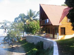 Denny's Beach Resort Hotel