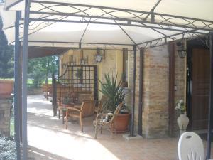 Al Casolare, Hotely  Corinaldo - big - 10