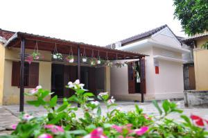 Petunia Garden Homestay and Hostel
