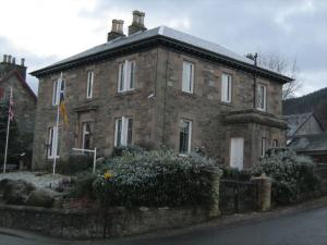 (The Old Bank)
