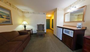 Country Inn & Suites by Radisson, St. Cloud East, MN, Отели  Saint Cloud - big - 26