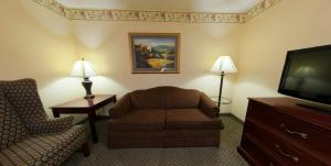 Country Inn & Suites by Radisson, St. Cloud East, MN, Отели  Saint Cloud - big - 16