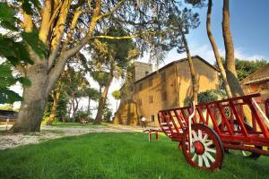 Prenota Antico Borgo La Commenda