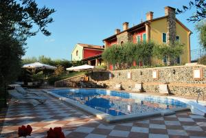 Nearby hotel : Tenuta Fortelongo