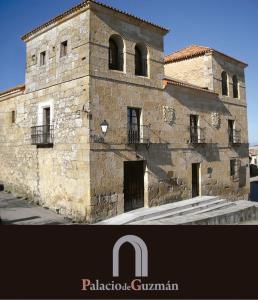 Palacio De Guzmán