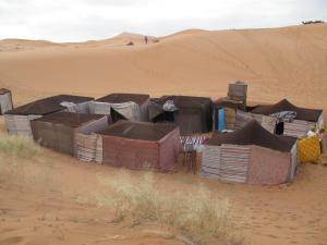 Marhaba Camp, Camel & Sandboarding, Zelt-Lodges  Merzouga - big - 91