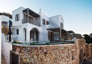 Eolia Luxury Villas(Pyrgos)