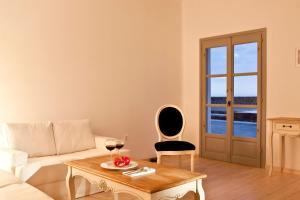 Thermes Luxury Villas And Spa(Megalochori)