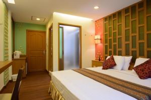 Golden House, Hotel  Bangkok - big - 16