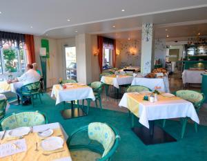 Seehotel OFF, Hotely  Meersburg - big - 48