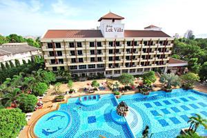 Lek Villa