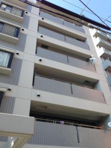 Osaka Tenma House