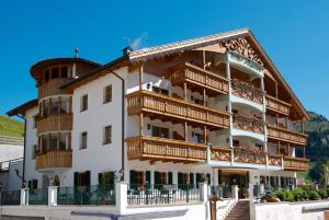 Hotel Alpenrose - Arabba