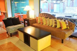 DM Residente Hotel Inns & Villas, Hotels  Angeles - big - 99