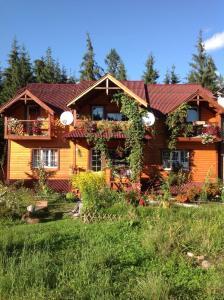 Cottage 12 Months
