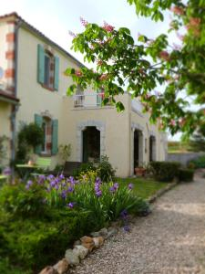 Chambres d'hôtes Le Cartounier, Bed and breakfasts  Pinel-Hauterive - big - 15