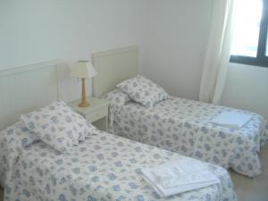 Cala Alta, Apartments  Cala de Finestrat - big - 4
