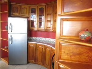 Chantel Suites, Гостевые дома  Коко - big - 12