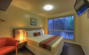 Tropixx Motel & Restaurant2