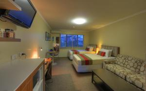 Tropixx Motel & Restaurant3
