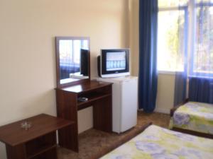 Guest House Almira, Affittacamere  Loo - big - 9