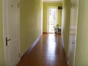 Guest House Almira, Affittacamere  Loo - big - 24