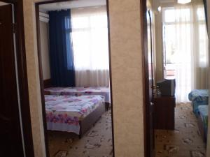 Guest House Almira, Affittacamere  Loo - big - 3