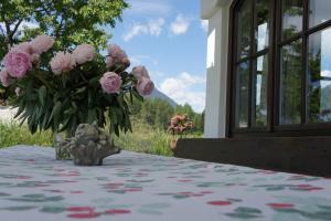 Landhaus Schwarz, Ferienwohnungen  Mieming - big - 5