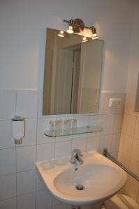 Double Room - shared Bath/WC
