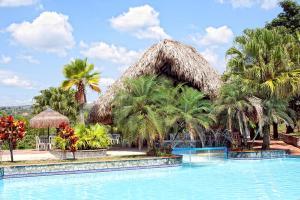 Lago Grande Hotel Resort & Centro de Convenciones