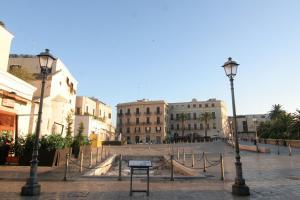 B&B Sant'Anna, Bed and Breakfasts  Bari - big - 40